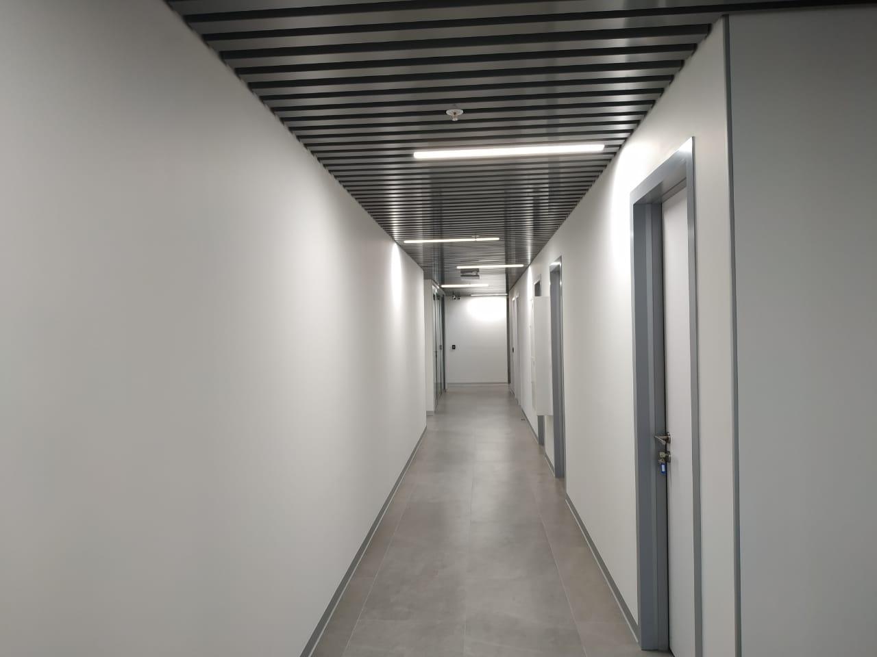 Светодиодное освещение Линейный светодиодный светильник 1200мм